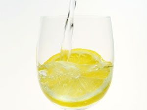 15 Reasons for Drinking Warm Lemon Water Every Morning