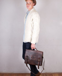 "This Dirty Harry is the perfect vintage-inspired schoolbag! We are in love with this beautiful eco leather bag from the Dutch brand O MY BAG. This bag is large enough to hold 13"" and some 15"" laptops. DIMENSIONS L37.5 cm x W14 cm x H27.5 cm Handle drop 6 cm Max. length shoulder strap 130 cm"