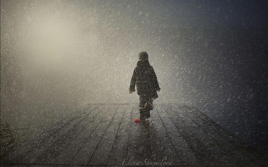 cool-animal-children-photography-Elena-Shumilova-dock
