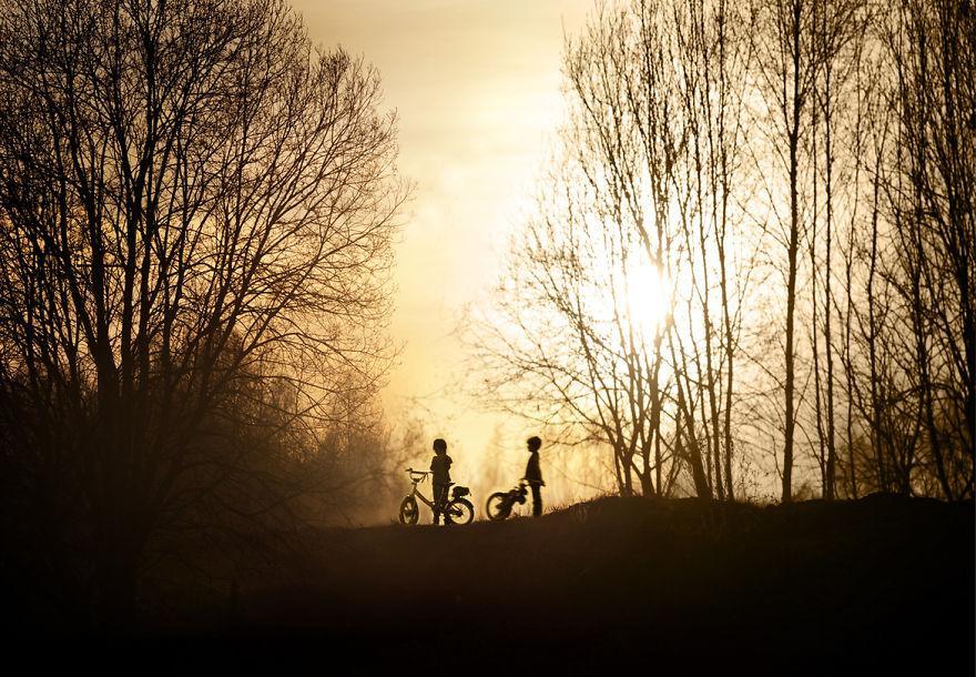 cool-animal-children-photography-Elena-Shumilova-sun