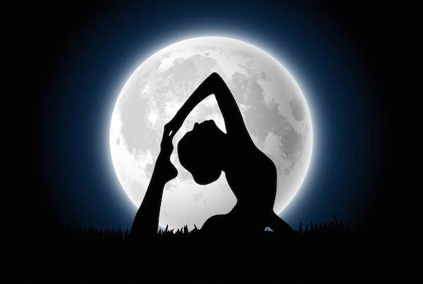 Full-Moon-Yoga-at-Viva-La-Vida